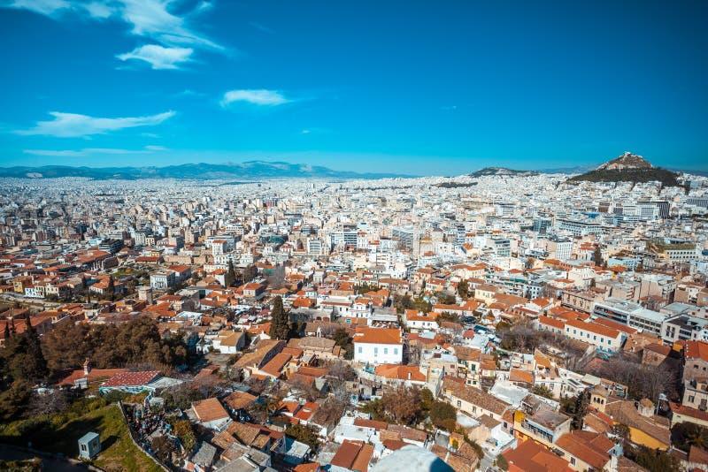 Vista panorâmica de Atenas do monte da acrópole, dia ensolarado imagens de stock