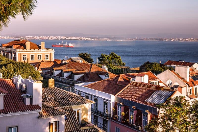 Vista panorâmica de Lisboa, Portugal Panorama de Tagus River fotos de stock