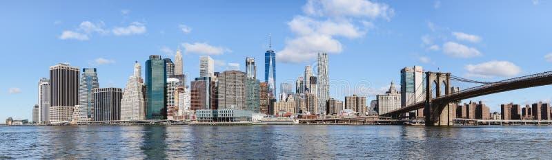 Vista panorâmica de Manhattan do centro de Brooklyn fotografia de stock