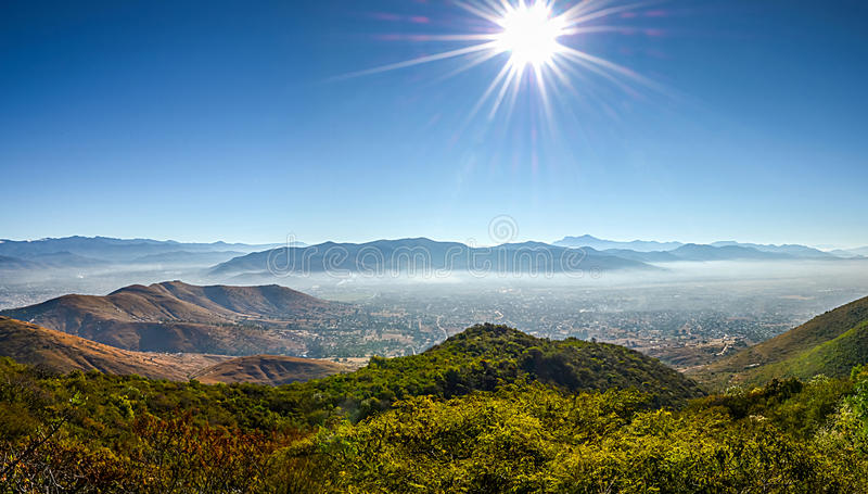 Vista panorâmica de Oaxaca de Monte Alban imagens de stock