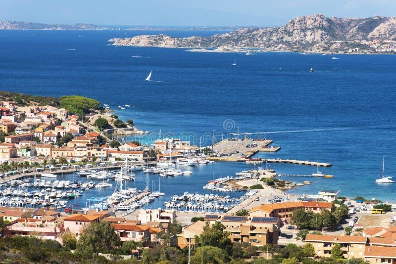 Vista panorâmica de Palau, em Sardinia, Itália fotografia de stock