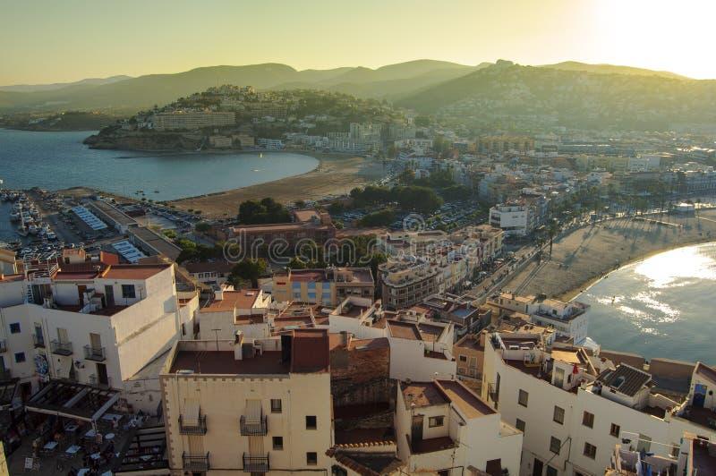 Vista panorâmica de Penyiscola em Valência, Espanha imagem de stock royalty free