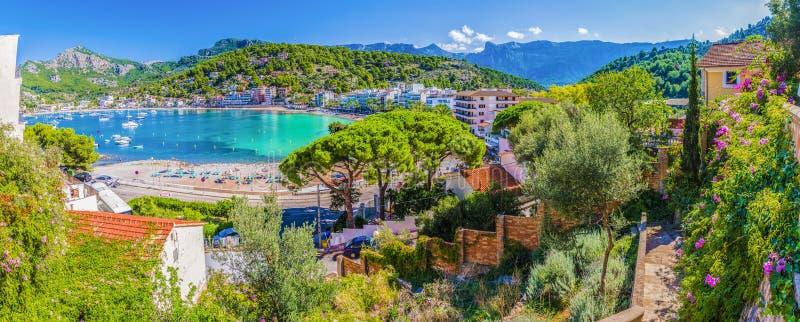 Vista panorâmica de Porte de Soller, Palma Mallorca, Espanha foto de stock royalty free