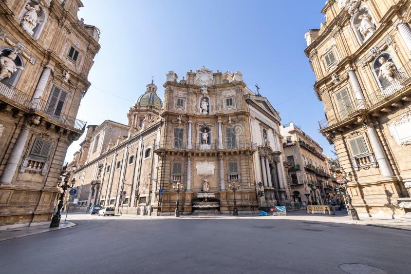Vista panorâmica de Quattro Canti ou quatro cantos em Palermo, Sicília fotografia de stock royalty free