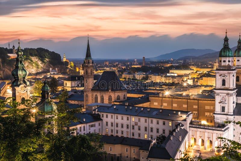 Vista panorâmica de Salzburg bonito em Áustria fotografia de stock royalty free