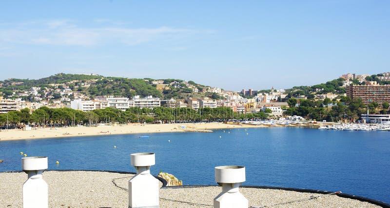 Vista panorâmica de Sant Feliu de Guixols fotografia de stock