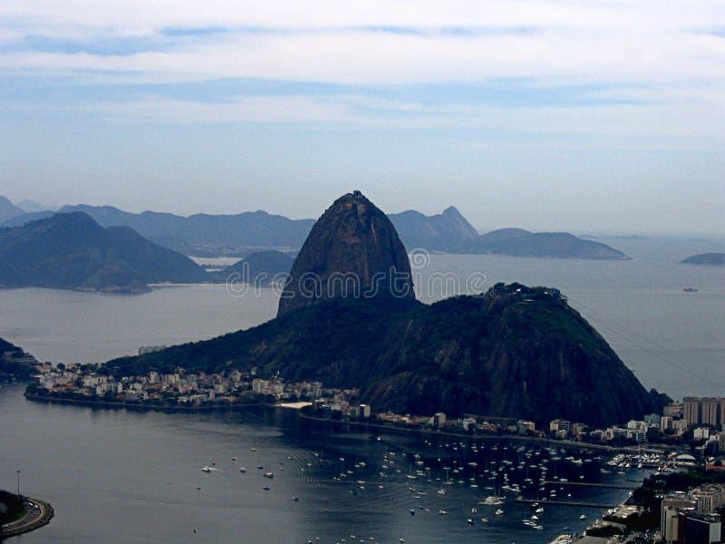 Vista panorâmica de Sugar Loaf em Rio de janeiro imagens de stock