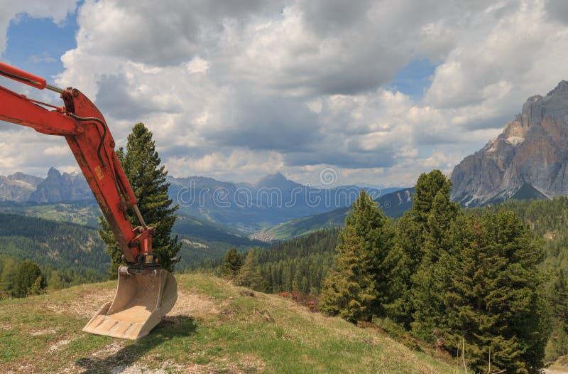 Vista panorâmica de Val Badia com uma pá fotografia de stock