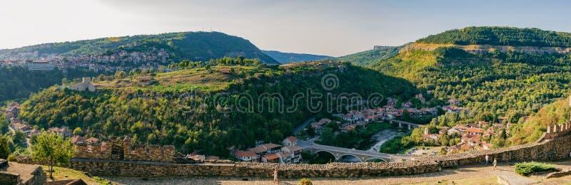Vista panorâmica de Veliko Tarnovo, Bulgária foto de stock