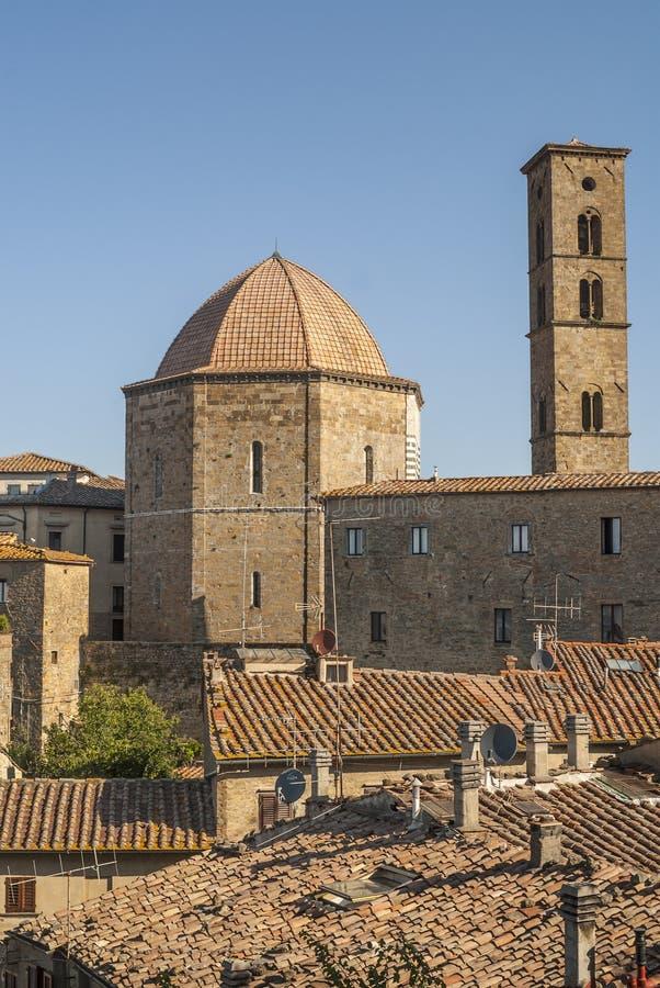 Vista panorâmica de Volterra (Toscânia) imagens de stock royalty free