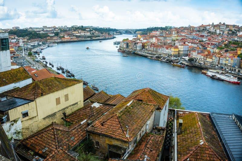 Vista panorâmica do antigo centro do Porto foto de stock