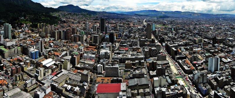 Vista panorâmica do centro de Bogotá, Colômbia imagens de stock