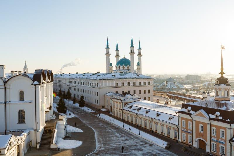 Vista panorâmica do Kul-Sharif e da catedral do aviso, Kazan imagem de stock royalty free