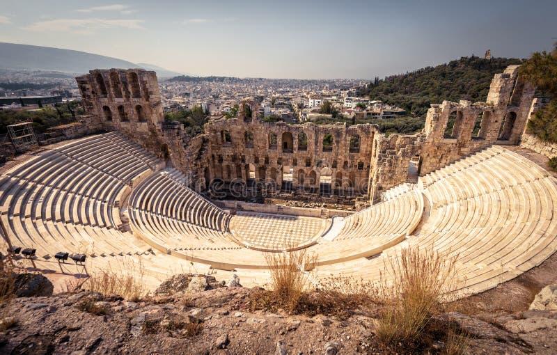 Vista panorâmica do Odeon do Atticus de Herodes na acrópole imagem de stock royalty free