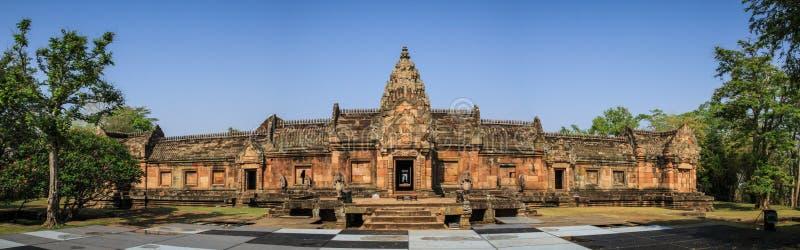 A vista panorâmica do Phanom soou o templo em torno de Nang Rong, Buriram, Tailândia fotografia de stock