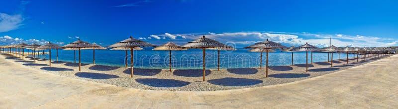 Vista panorâmica dos guarda-chuvas de praia, ilha de Vir imagens de stock royalty free