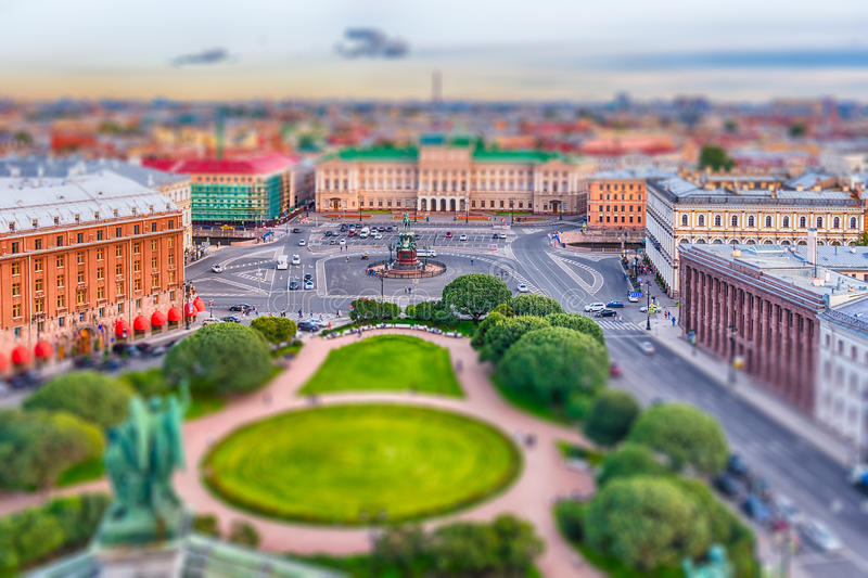 Vista panorâmica sobre St Petersburg, Rússia, do gato do St Isaac fotos de stock royalty free