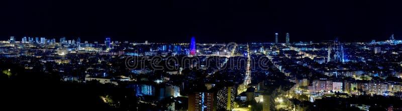 Vista panorâmico de Barcelona em a noite. fotografia de stock