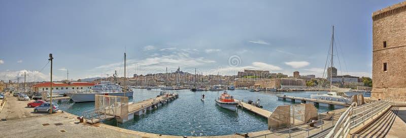 Vista panorâmico de Marselha e da porta velha imagem de stock royalty free