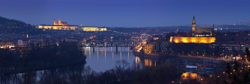 Vista panorâmico de Praga no outono fotografia de stock