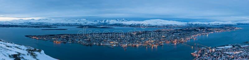 Vista panorâmico de Tromso em Noruega fotografia de stock royalty free