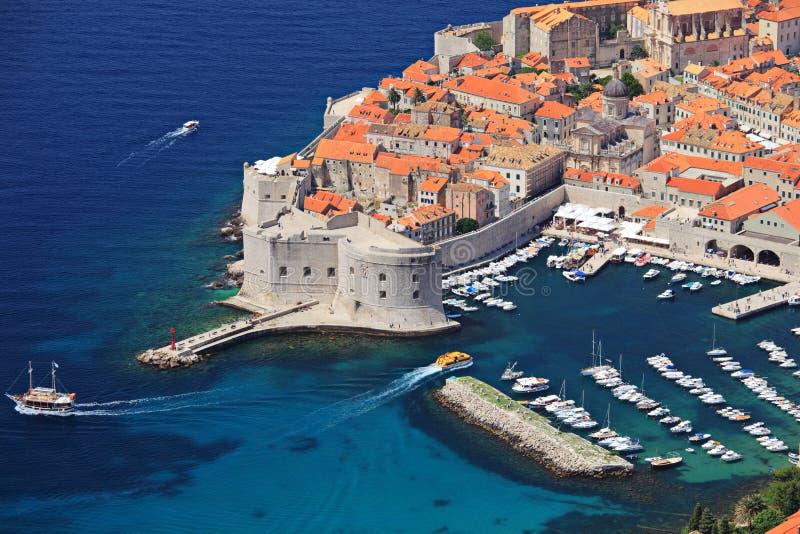 Vista panorâmico de uma cidade velha de Dubrovnik fotos de stock royalty free