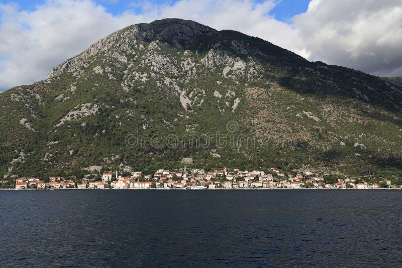 Vista panor?mica de Perast, Montenegro fotografia de stock