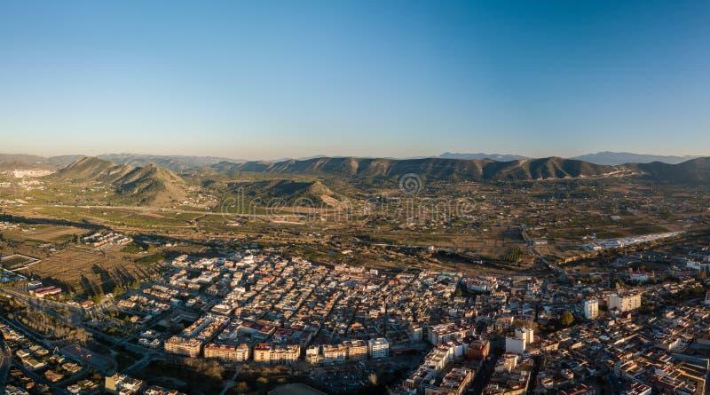 Vista panoramica aerea dei canali della cittadina in Spagna fotografia stock libera da diritti