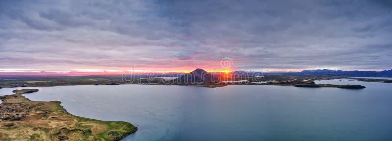 Vista panoramica aerea di paesaggio islandese immagine stock