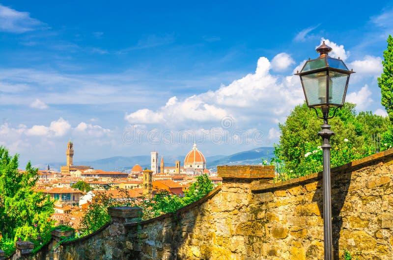 Vista panoramica aerea superiore della citt? di Firenze con la cattedrale di Santa Maria del Fiore dei Di di Cattedrale del duomo fotografia stock
