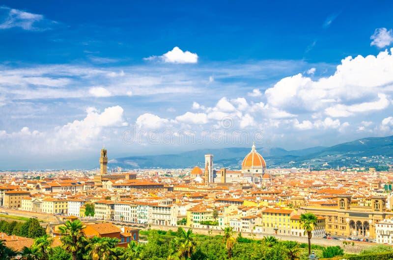 Vista panoramica aerea superiore della citt? di Firenze con la cattedrale di Santa Maria del Fiore dei Di di Cattedrale del duomo immagine stock