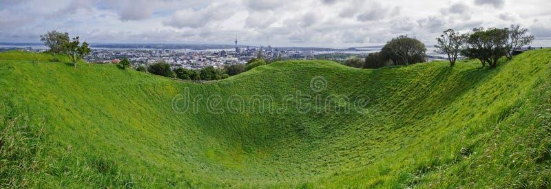 Vista panoramica dal supporto l'Eden a Auckland, Nuova Zelanda immagine stock