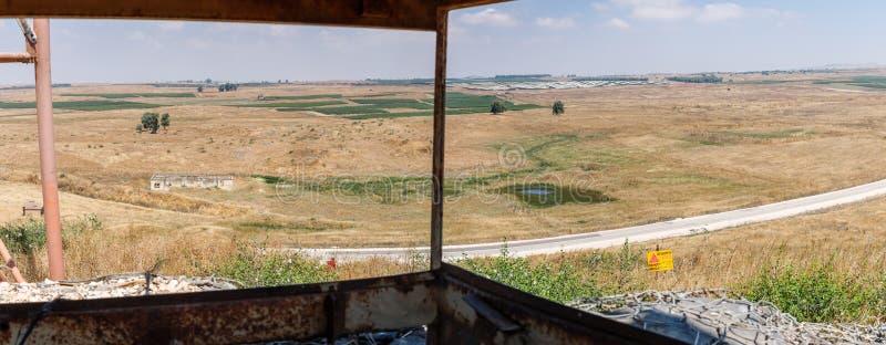 Vista panoramica dalla torre di battaglia che è rimanere dalla guerra del giorno del giudizio universale Yom Kippur War con Golan fotografia stock