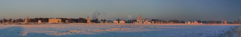 Vista panoramica del centro storico di Veliky Ustyug, Russia fotografia stock