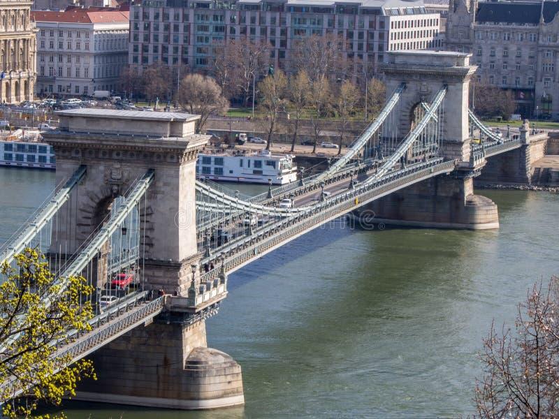 Vista panoramica del ponte a catena di Szechenyi sopra Danubio, Budapest, immagine stock