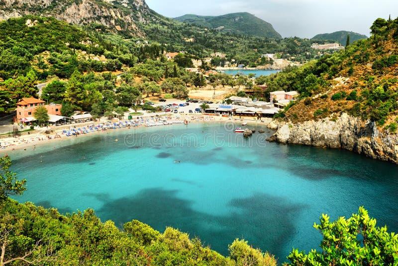Vista panoramica della baia di Paleokastritsa fotografia stock
