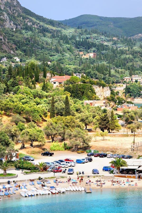 Vista panoramica della baia di Paleokastritsa fotografie stock libere da diritti
