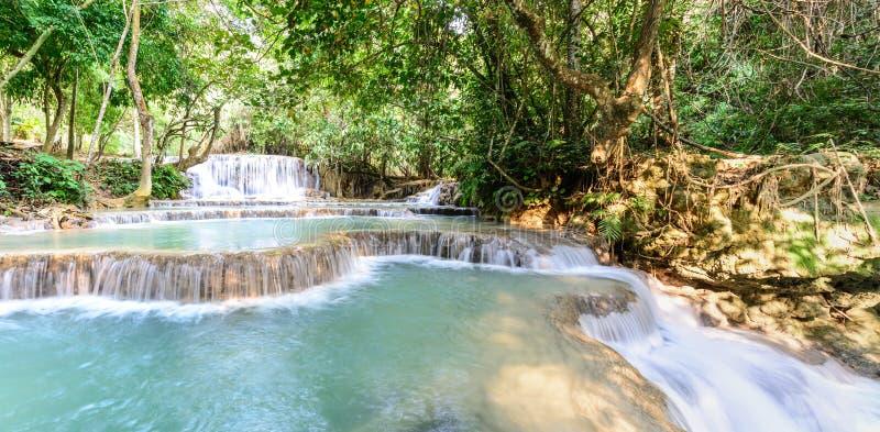 Vista panoramica della cascata della foresta pluviale, Tat Kuang Si Waterfall a Luang Prabang, Loas immagini stock libere da diritti