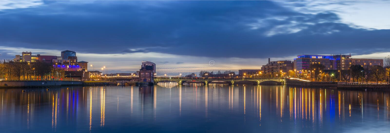 Vista panoramica della città del limerick immagini stock libere da diritti