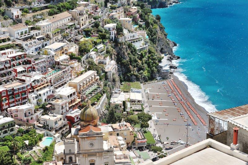 Vista panoramica della città di Positano, costa di Amalfi, Italia fotografia stock libera da diritti