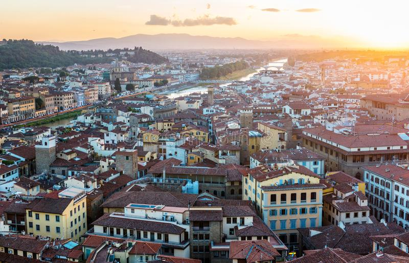 Vista panoramica della città di tramonto di Firenze Firenze, Italia fotografia stock