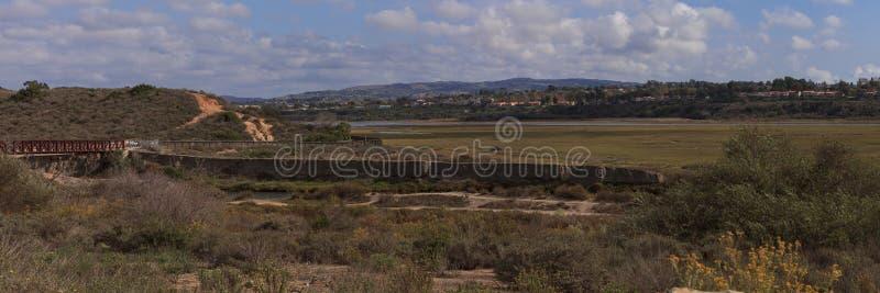 Vista panoramica della palude posteriore della baia, spiaggia di Newport immagine stock libera da diritti
