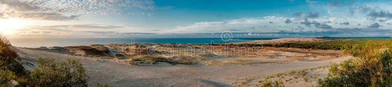 Vista panoramica delle dune e del Mar Baltico fotografie stock libere da diritti