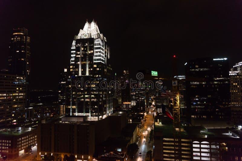 Vista panoramica di Austin del centro, il Texas, alla notte immagini stock libere da diritti
