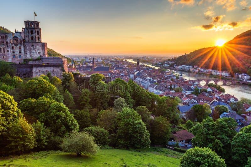 Vista panoramica di bella città medievale Heidelberg compreso la C fotografia stock libera da diritti