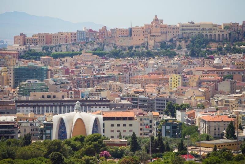 Vista panoramica di Cagliari, Sardegna, Italia fotografia stock libera da diritti