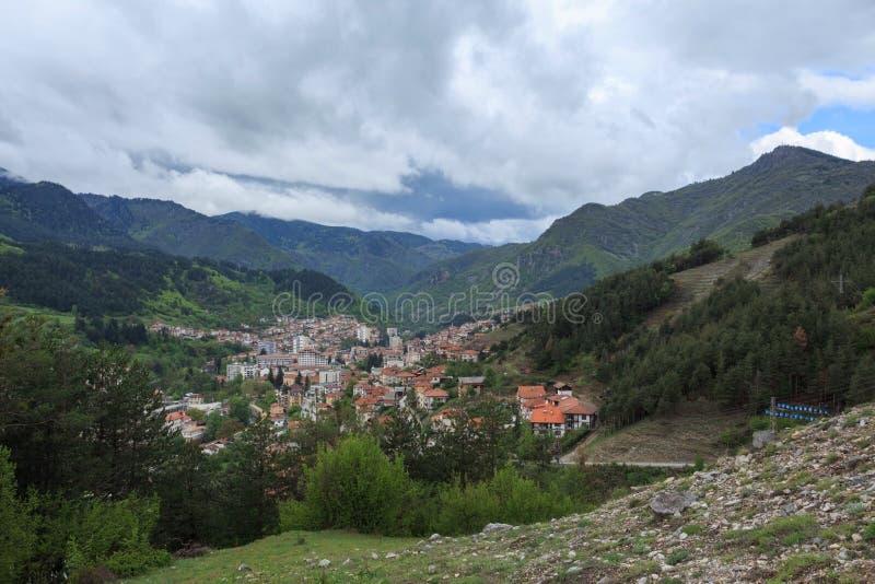 Vista panoramica di Devin, Bulgaria fotografia stock libera da diritti
