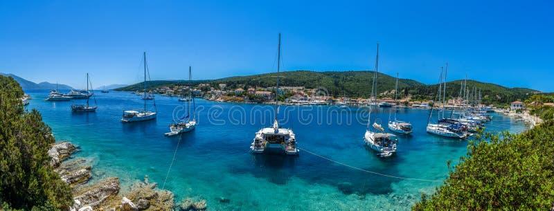 Vista panoramica di Fiskardo di Kefalonia Grecia fotografia stock