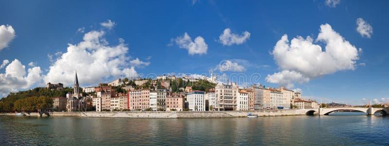 Vista panoramica di Lione, del fiume di Saone e di Fourviere immagine stock libera da diritti