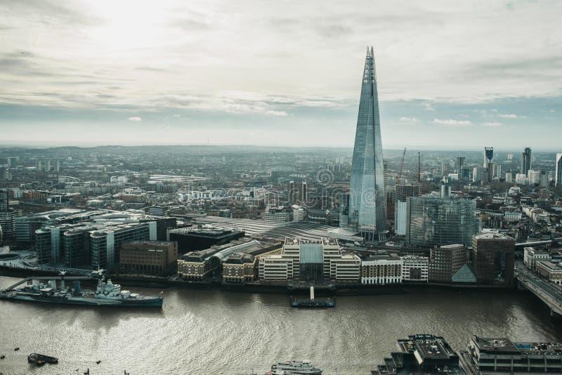 Vista panoramica di Londra e del coccio, Regno Unito immagine stock libera da diritti